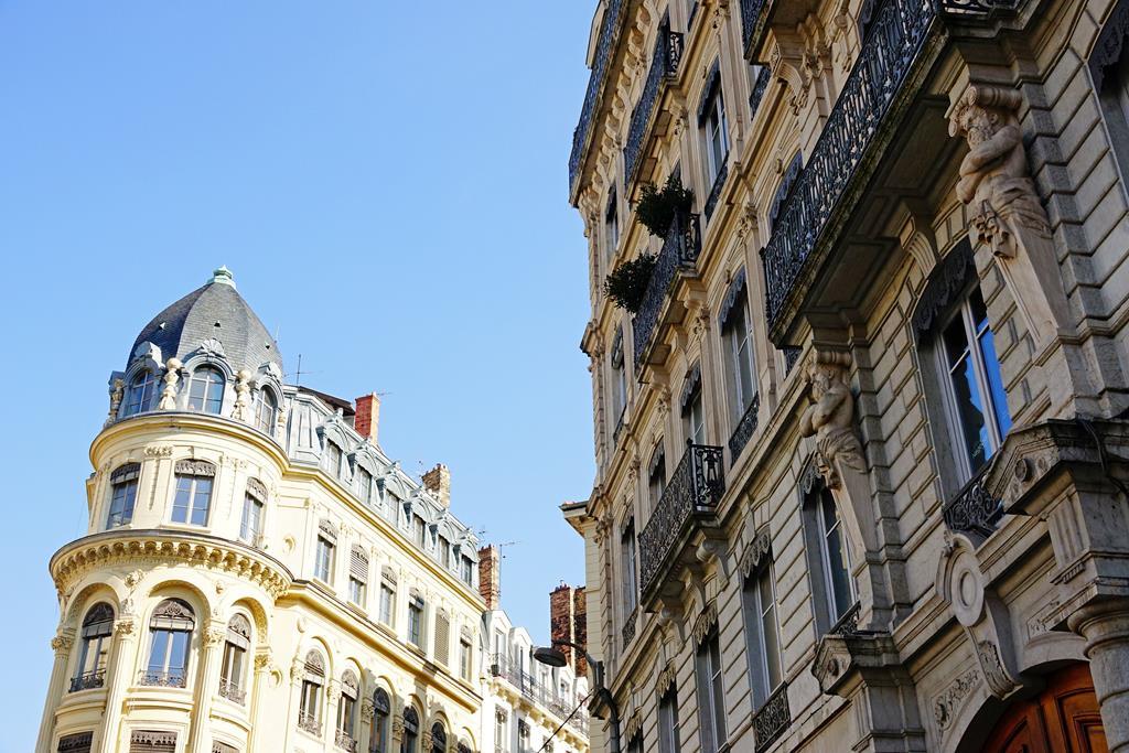 Navigating the Luxury Property Market of France