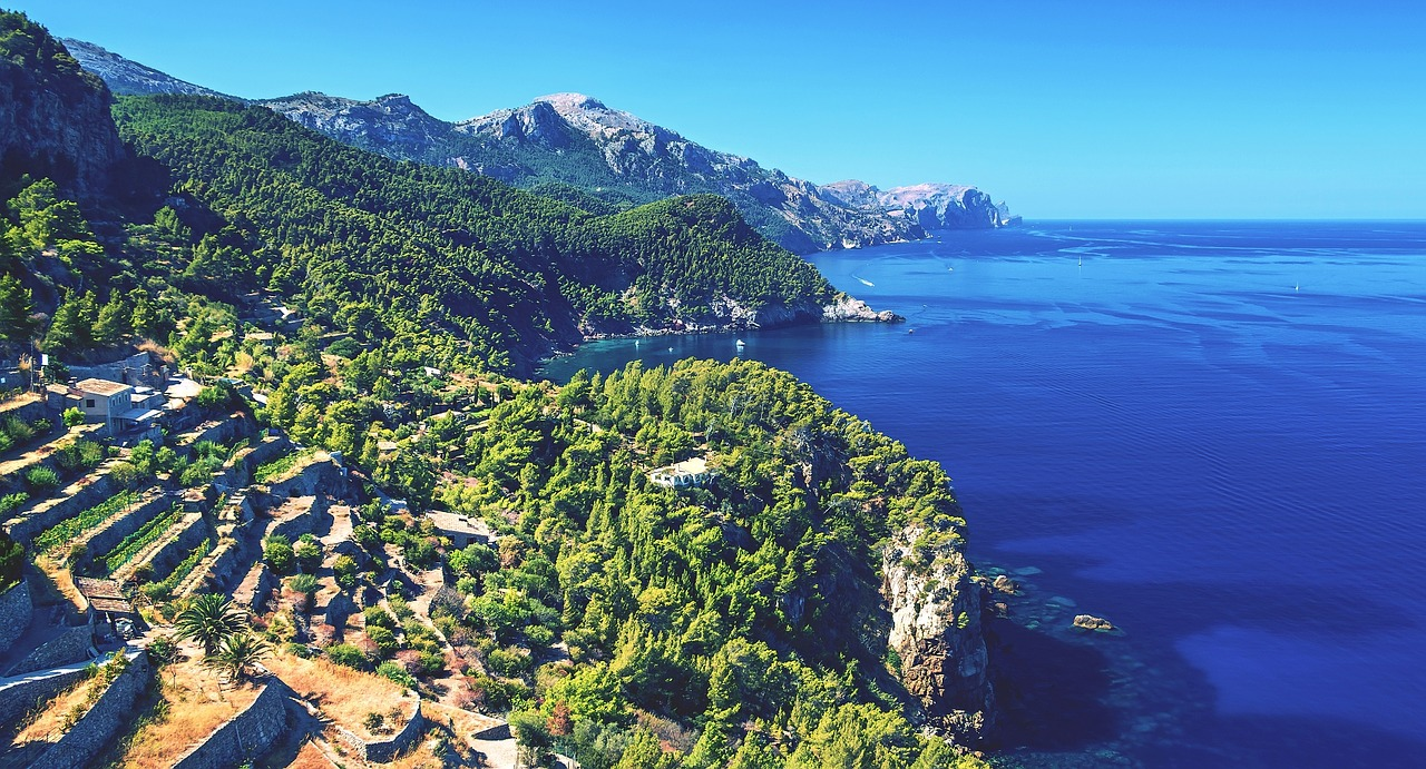 9 Beautiful Towns in Majorca: Places to Live and Call Home