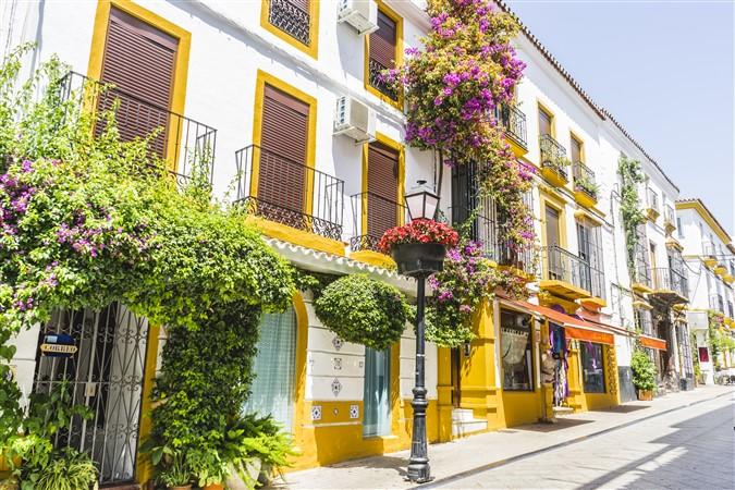 reasons to buy property in Spain