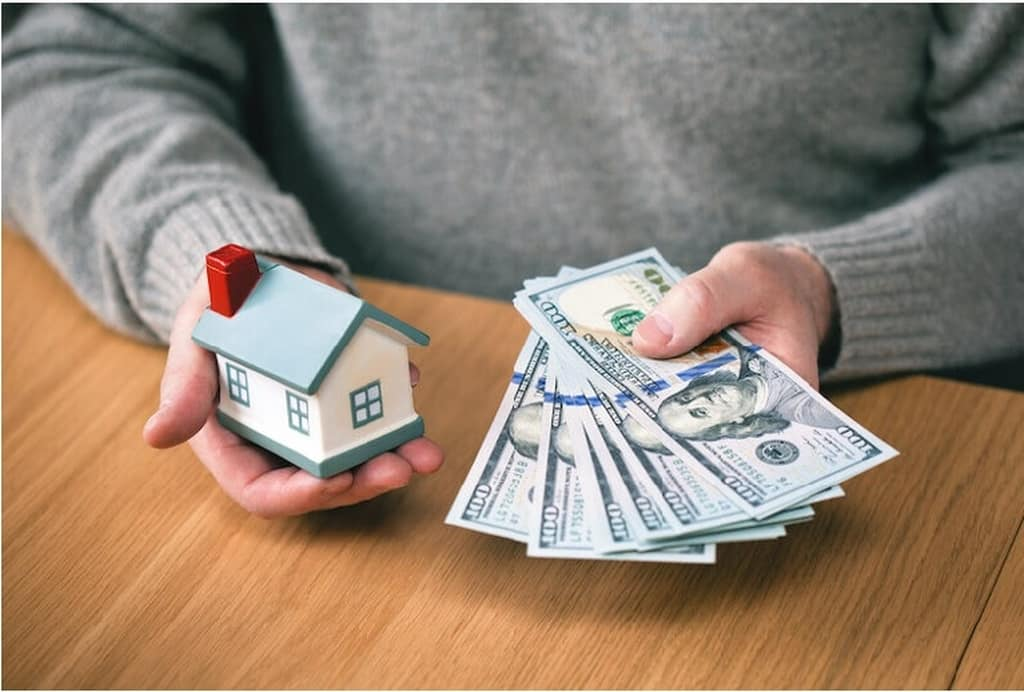 Ways To Attract House Buyers Who Pay Cash