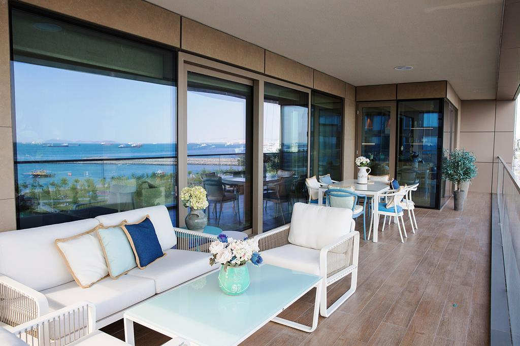 Contemporary Sea View Homes For Sale In Bakirkoy